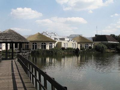 Loohorst (Limburgse-Peel) - architectuur centrum faciliteiten