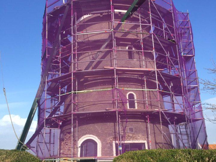 Zeelenberg Architectuur sponsort restauratie molen De Haan in Brouwershaven