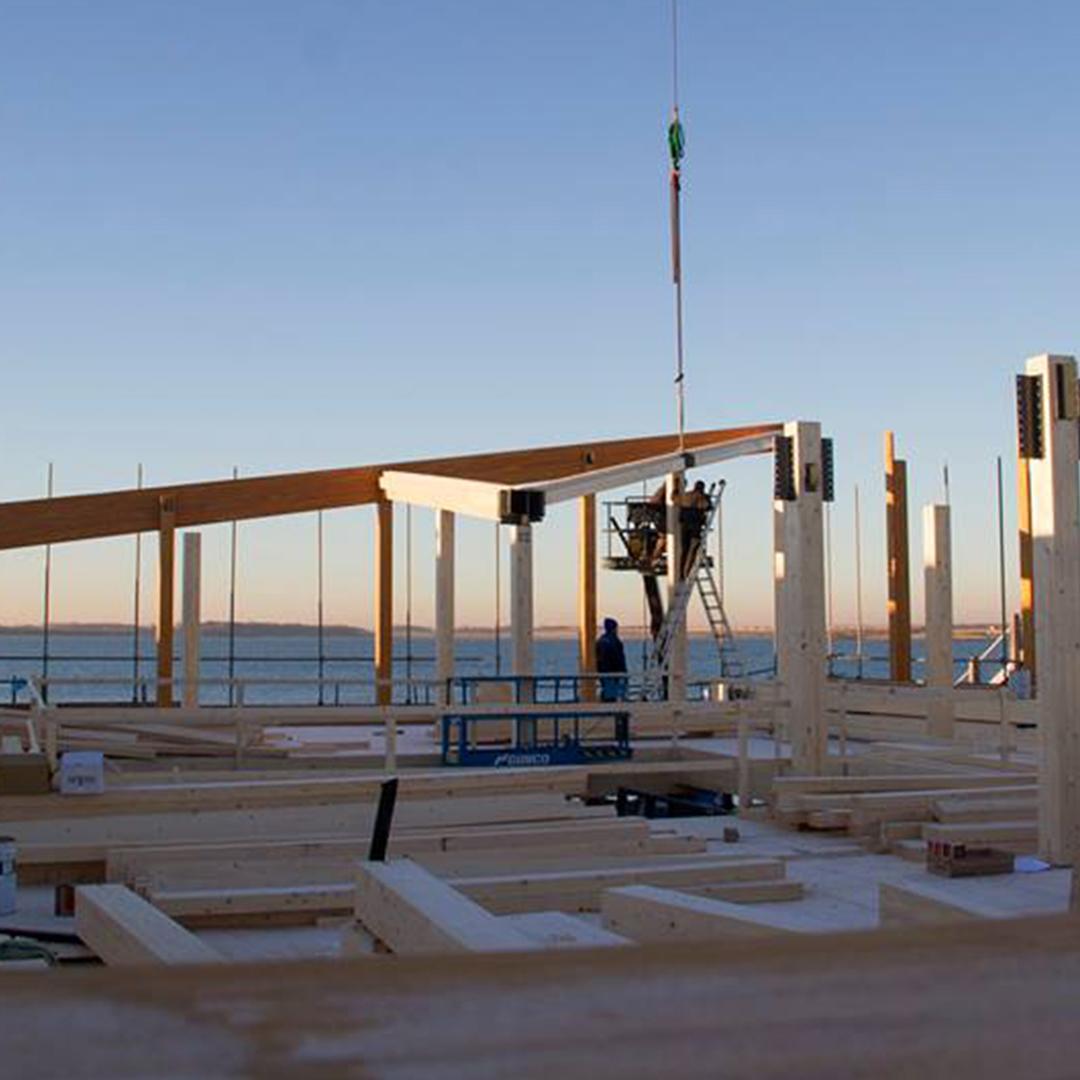 Centrumgebouw Zeil- en Surfcentrum (Brouwersdam) in aanbouw (uitgelicht)
