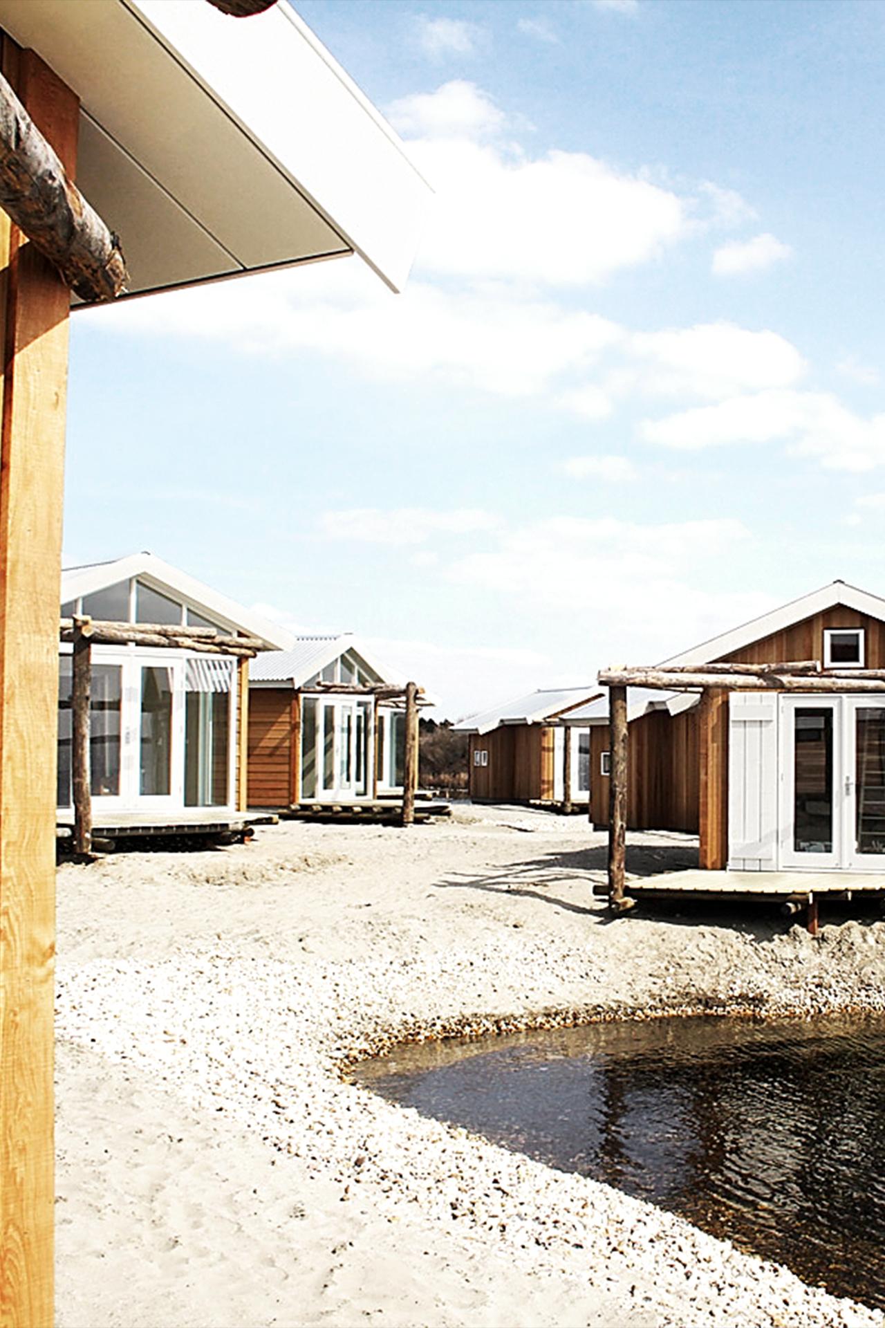Beach Lodges Zeil- en Surfcentrum (Brouwersdam) - doorkijk